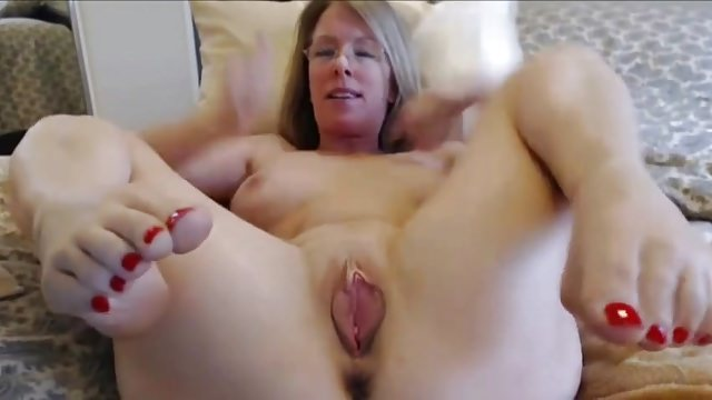Casting mature cougar se chope un jeunot a la grosse queue - 1 part 4